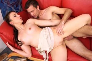 Adéla s přítelem Rostislavem natočí české porno
