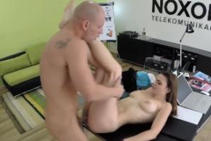 České porno v kanceláři – Pavlína
