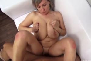 velká přírodní prsa czech porn casting