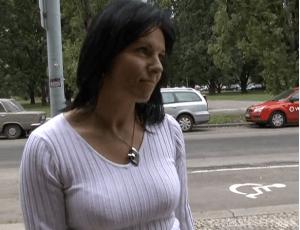Rychlý prachy v českých ulicích - Hanka a Lenka