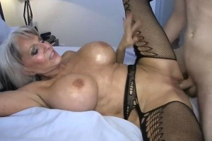 lesbická videa zralého sexu
