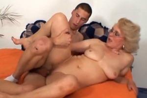 Porno obrázek zralého