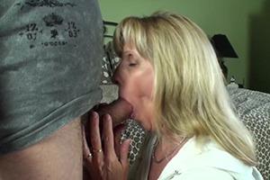 Zralé maminky sex video