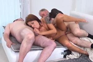 Zdarma trojka porno