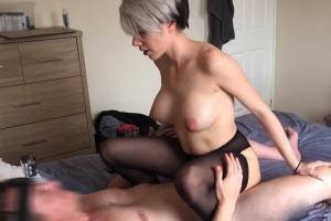 Latina lesbická prsa