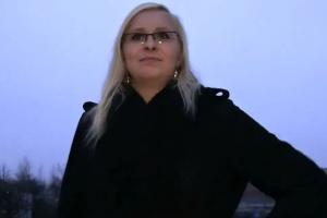 Rychlý prachy v českých ulicích – blondýnka Verča (PublicAgent)