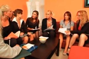Místo práce české lesbické orgie