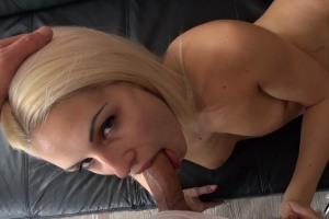 Nadržená holka chce sex - české porno