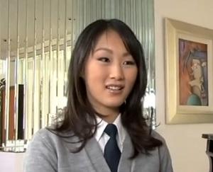 Nadržená asijská školačka Evelyn Lin