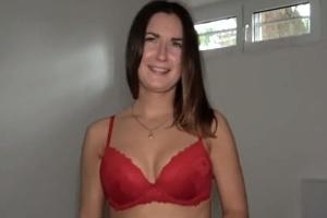 Rychlý prachy – ruská brunetka (PublicAgent)