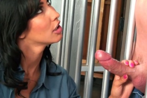 Sexy policistka šuká s kriminálníkem